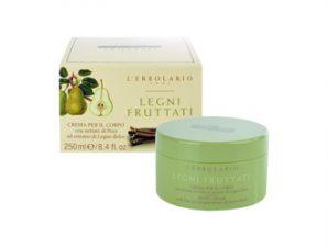 L'Erbolario Legni Fruttati Body Cream – 250ml με Αρωματικές Νότες από: Άνθος πορτοκαλιάς, Ξύλο Κέδρου Βανίλια, Μαγνόλια, Δαμασκηνό Τριαντάφυλλο