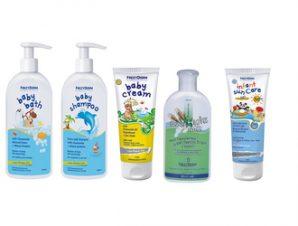 Pharmagoods Πακέτο Προσφοράς – Frezyderm baby Shampoo Βρεφικό Σαμπουάν με Αντλία (300ml)- baby bath (300ml) – baby cream (175ml) – hydra milk (200ml) & Baby Sun Care SPF50 (100ml)